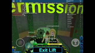 Flood escape/with christmas girl/roblox gal/roblox flood escape