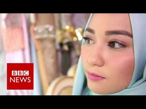 Hipster and heavy-metal hijabis - BBC News