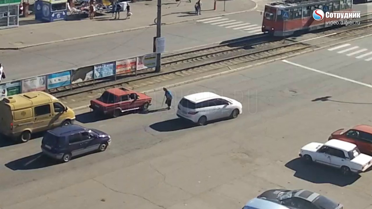 ДТП Бийск по ул Васильева  5.06.2017