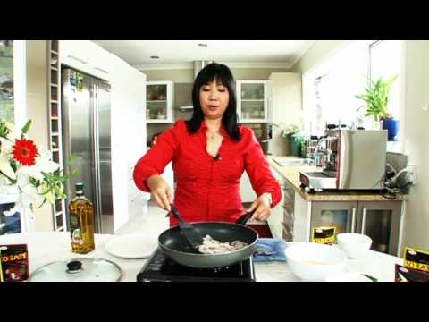 Egg Fu Young (Chinese Omlette)