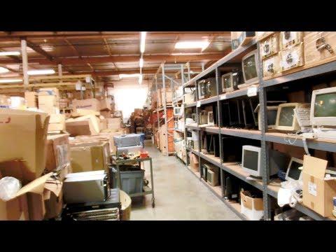 Random Bits 0174: Behind the Scenes look at WeirdStuff Warehouse