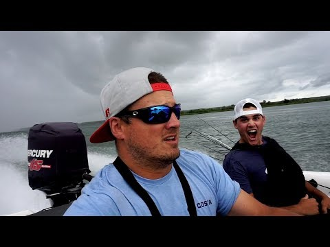 Download Youtube: OUTRUNNING A STORM to catch BIG BASS!!!