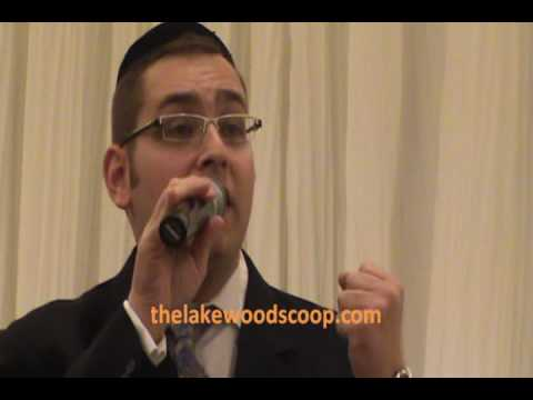 Dovid Gabay Singing At Amen Event