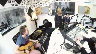 Young Chinese Dogs - Sweet Little Lies (detektor.fm-Session)