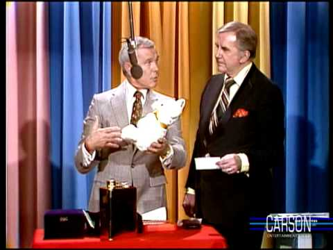 Johnny Carson & Ed McMahon Fight Over Teddy Bear, Part 8 Holiday Products, 1979