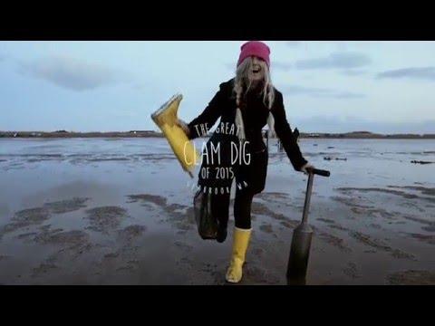 Razor Clam Digging Ocean Shores, WA