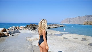 THE WATER IS SO BLUE IN GREECE VLOG_8