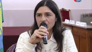 VICTOR AIOLA   CAROLINA MARINO   CAPACITACION DERECHOS COMO USUARIOS Y CONSUMIDORES
