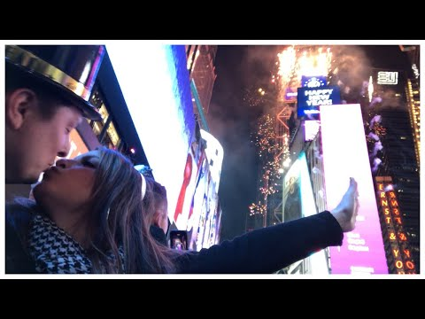 Ryan Seacrest - Mom Life! Sisanie Reflects on Spending NYE Kidless: Watch