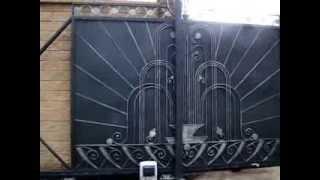Автоматические откатные ворота(Автоматические откатные ворота. Заказывайте на http://www.stalcomplect.ru., 2013-11-24T08:21:34.000Z)