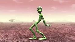 Süßer Alien tanzt nackt auf dem Mars