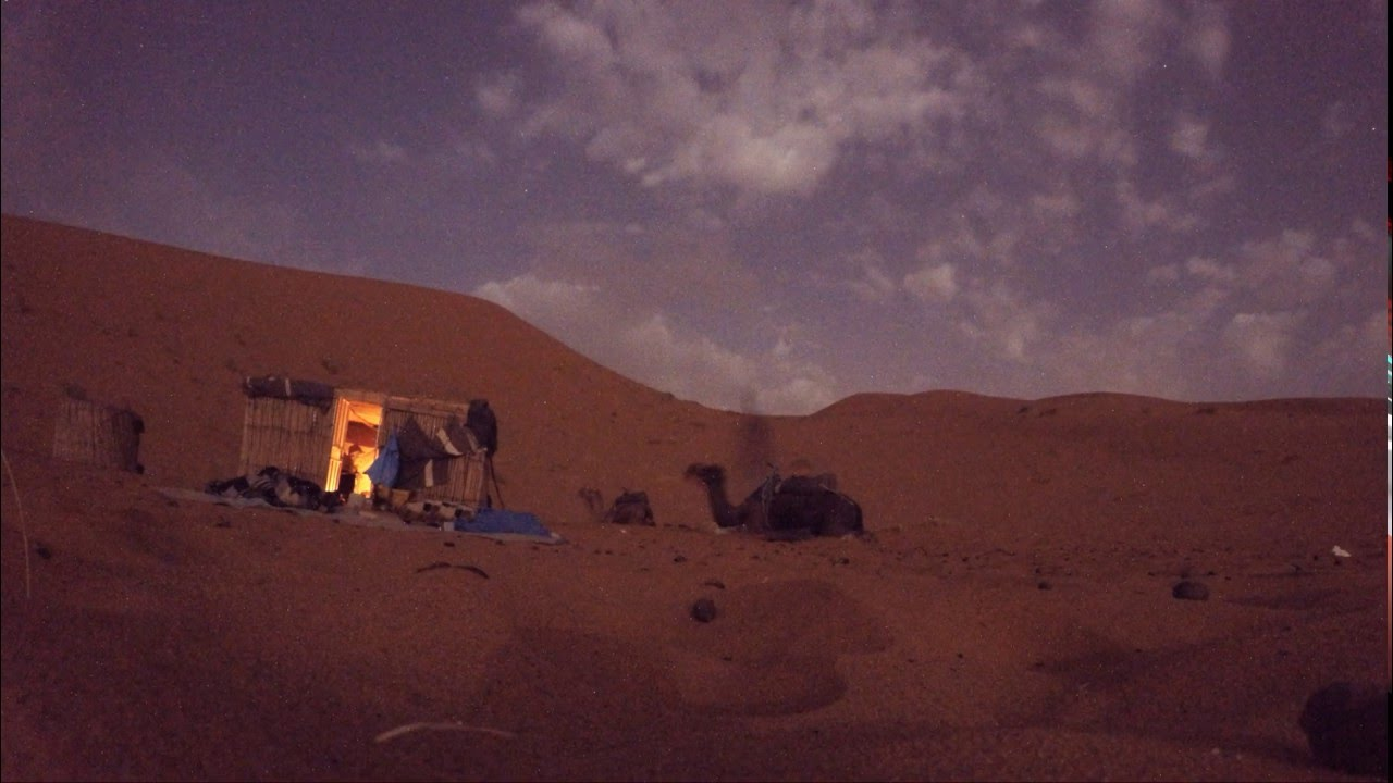 The Sahara desert at night - YouTube