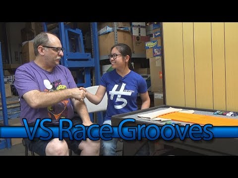 vs RaceGrooves Featuring Lily from Hevesh5! DHR Hot Wheels Downhill Racing Competition! Dominoes Too