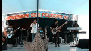 Video Laguna Band - Ibu (live) download MP3, 3GP, MP4, WEBM, AVI, FLV Agustus 2018