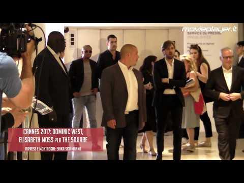 Cannes 2017: Dominic West, Elisabeth Moss entrano alla conferenza di The Square