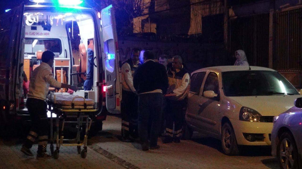 Balkondan Sofra Bezi Sirkelerken Düşen Genç Kız Yaralandı