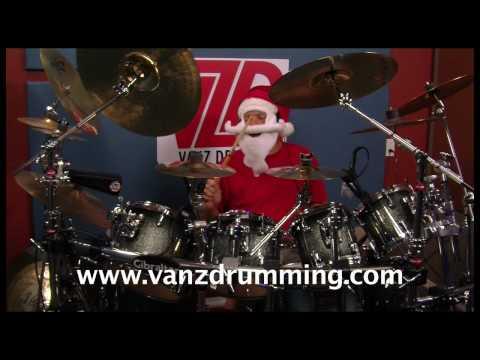 Santa Vanz Drumming - Christmas Song - Little Drummer Boy