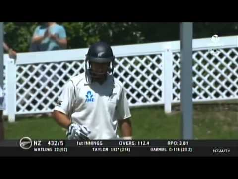 Ross Taylor 217* vs. West Indies (Dunedin, 2013)