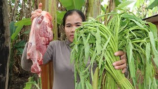 Awesome Cooking Fry Pork With Water convolvulus Recipe - Show Eating Food Delicious  - Cooking Skill