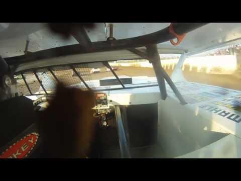 #09 Thunderstock Heat Race Limaland Motorsports Park 6-11-16