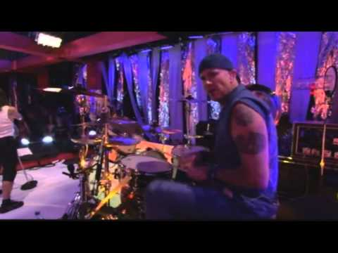 Red Hot Chili Peppers - Snow (Hey oh)- Live at Fuse Studios 2006 (HD)