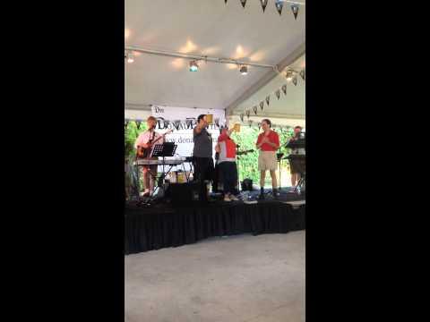 Oktoberfestfest Miami 2014. Bierstein holding contest.