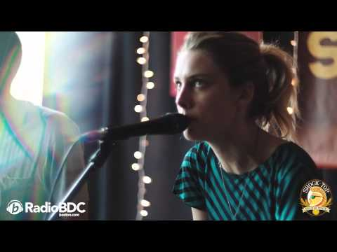 Wolf Alice - Moaning Lisa Smile (The RadioBDC Sessions)