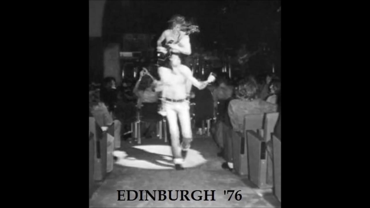 AC / DC - 01 - Live wire (Edinburgh - 1976) - YouTube