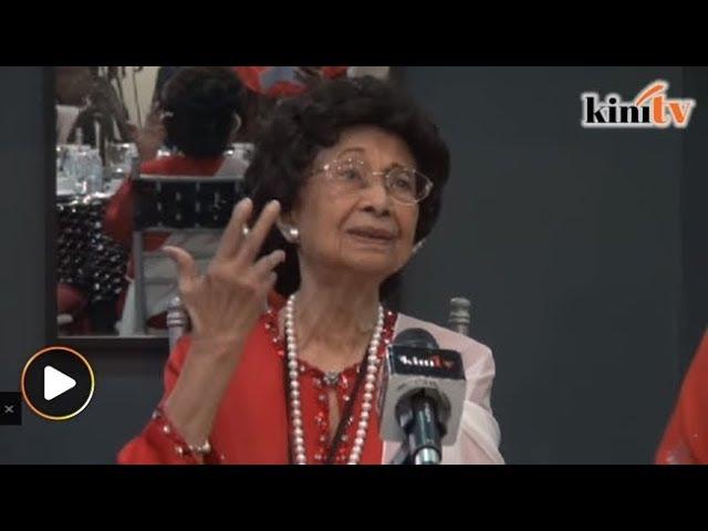 Suami saya larang saya bertudung, kata Siti Hasmah