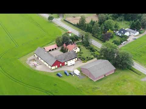 Drone optagelser: Efterforskere undersøger drabssag ved Vemmelev