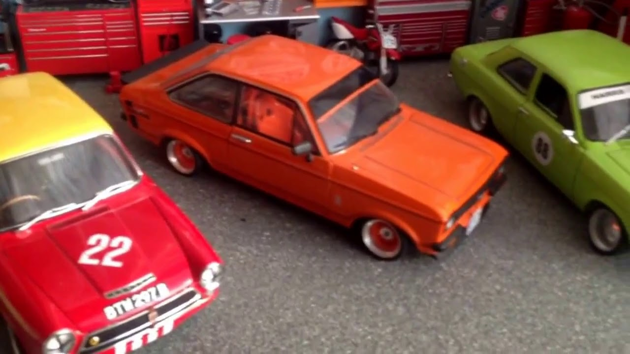 Danger Russ custom models 1:18 model ford garage Harris performance engines