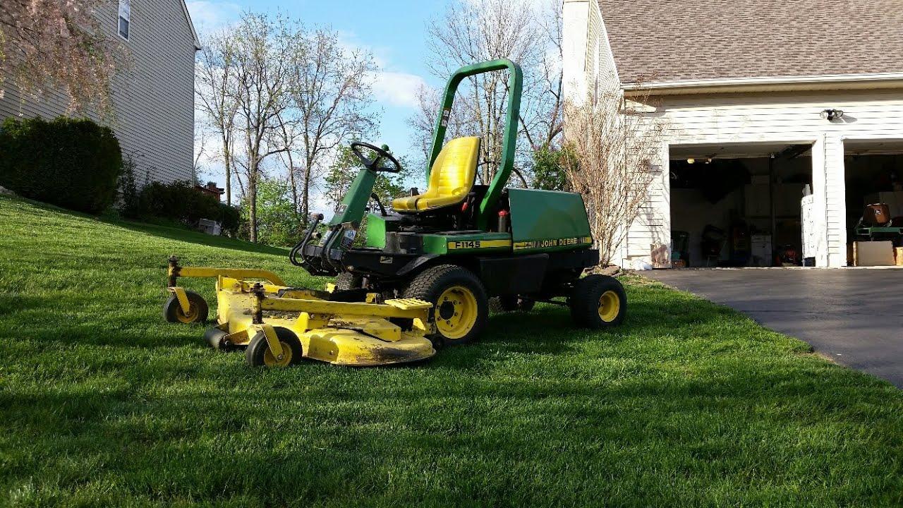 John Deere F1145 Mowing A New Yard