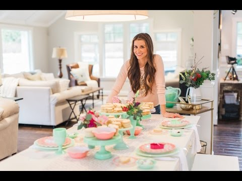 how to host a cookie decorating party - Christmas Cookie Decorating Party