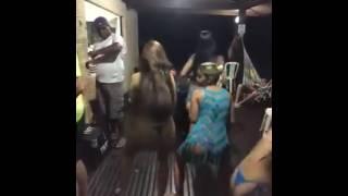 Novinhas Gostosas - Dançando Funk So De Biquíni ( Oficial 2016 )
