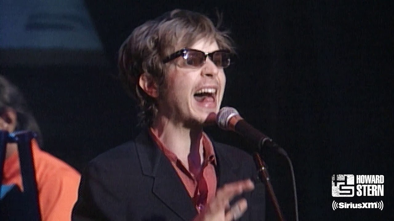 """Beck """"Where It's At"""" During Howard Stern's 1997 Birthday Show"""
