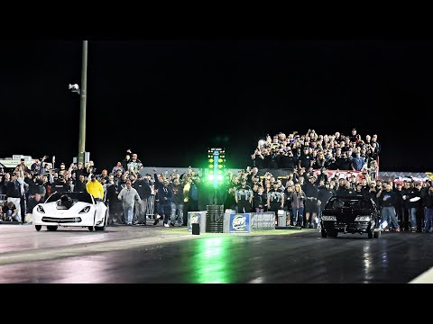 Lights Out 10 - 6 FIGURE GRUDGE RACE - Ghost vs. Jason X!!!