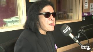 Gene Simmons from KISS does tricks with his tongue