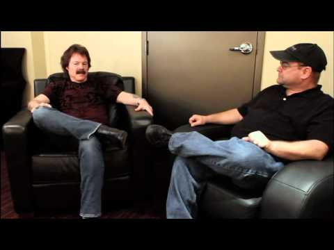 A Conversation With Tom Johnston of The Doobie Brothers