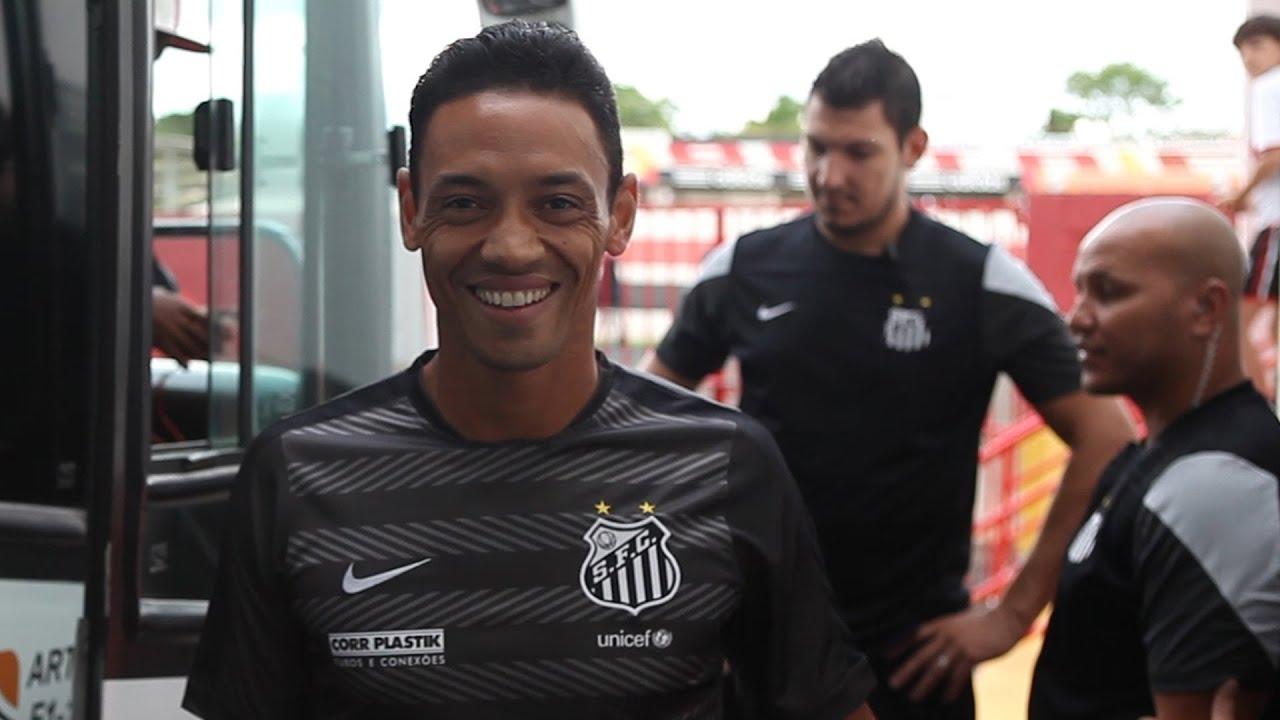 Botafogo SP 0 x 3 Santos  a22e0f722652f