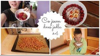 Co jsem dnes jedla #4 | MALINOVÁ OVESNÁ KAŠE & SPÁLENÁ RUKA