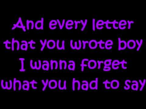 Kelly Rowland - Broken [Lyrics]