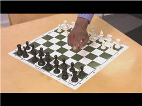 How To Play Chess Chess Training Game
