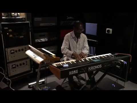 KEYSCAPE - Greg Phillinganes plays Electric Piano Hits!!! - Gearslutz