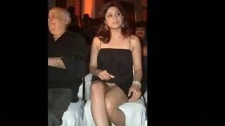 Hot Sexy Malfunction of Katrina Kaif, Priyanka Chopra, Deepika Padukone, Sonakshi Sinha & more