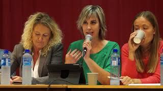 Politisk debatt i Bjelland: Hvordan ser fremtidens bygde-Norge ut?