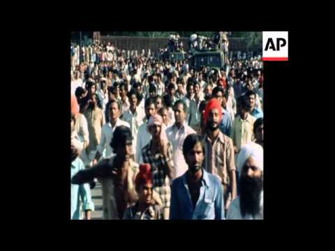 SYND 26 6 80 FUNERAL IN NEW DELHI OF SANJAY GANDHI, SON OF INDIRA GANDHI