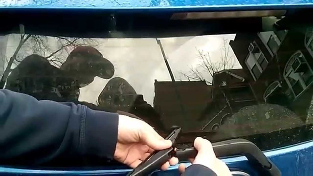 how to put on a rear windshield wiper