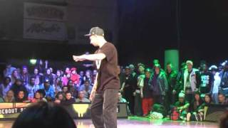 Dre10 & Bienio at Street Star 2011 Juste Debout popping preselection