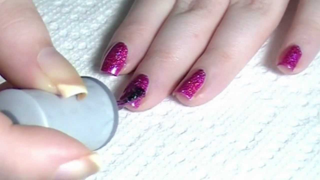 How to Apply Nail Polish Properly