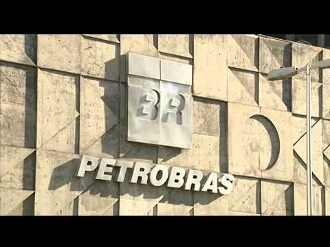 Três ex-gerentes da Petrobras são denunciados na Lava Jato